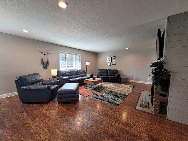 700 W 4th Street, Marshfield, WI 54449