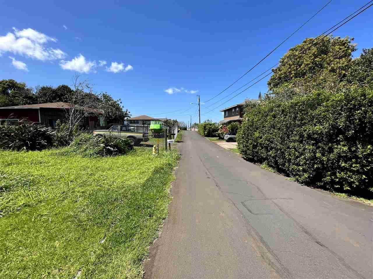 1094 Mole, Makawao, HI 96768