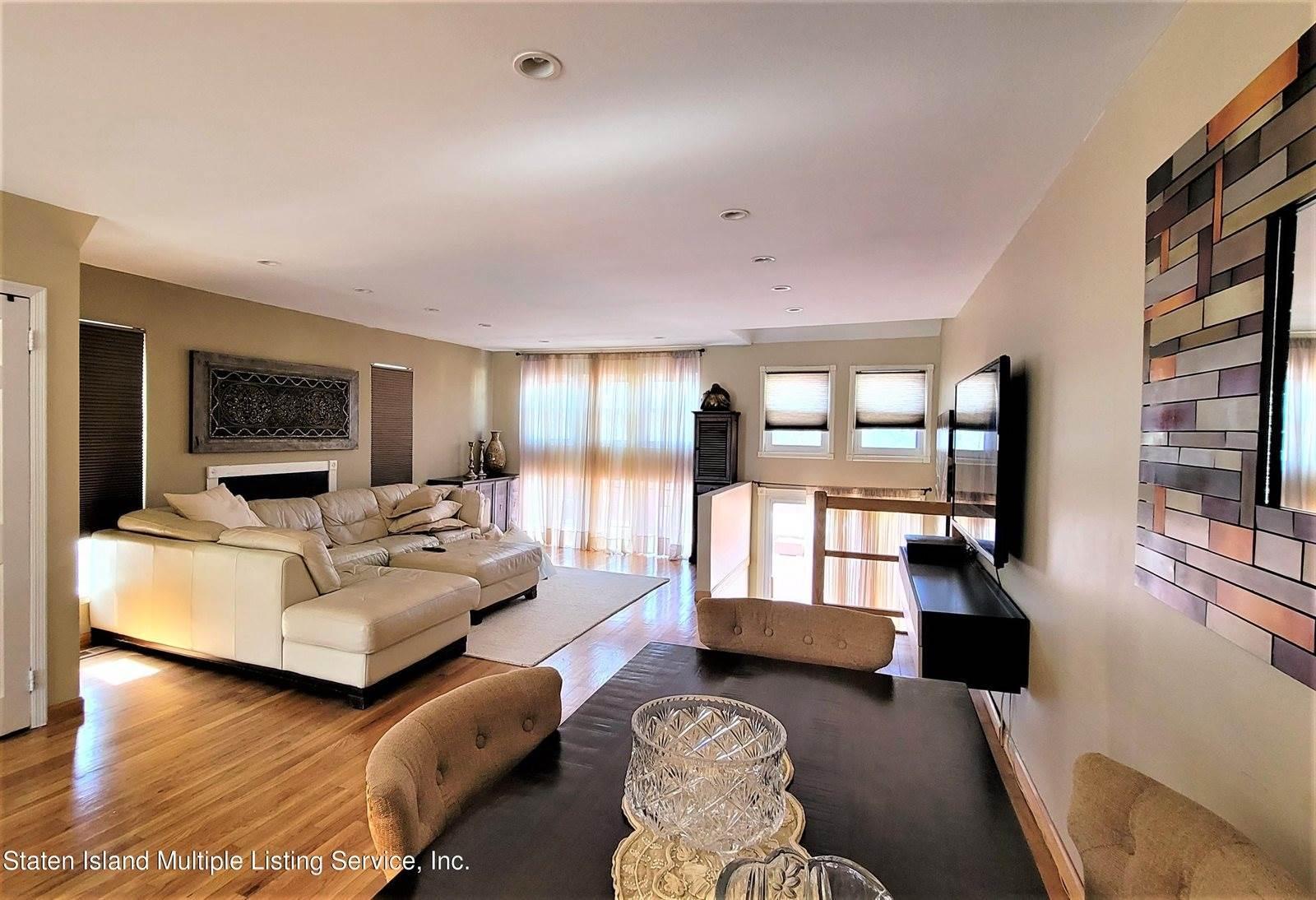 36 Villa Nova Street, Staten Island, NY 10314