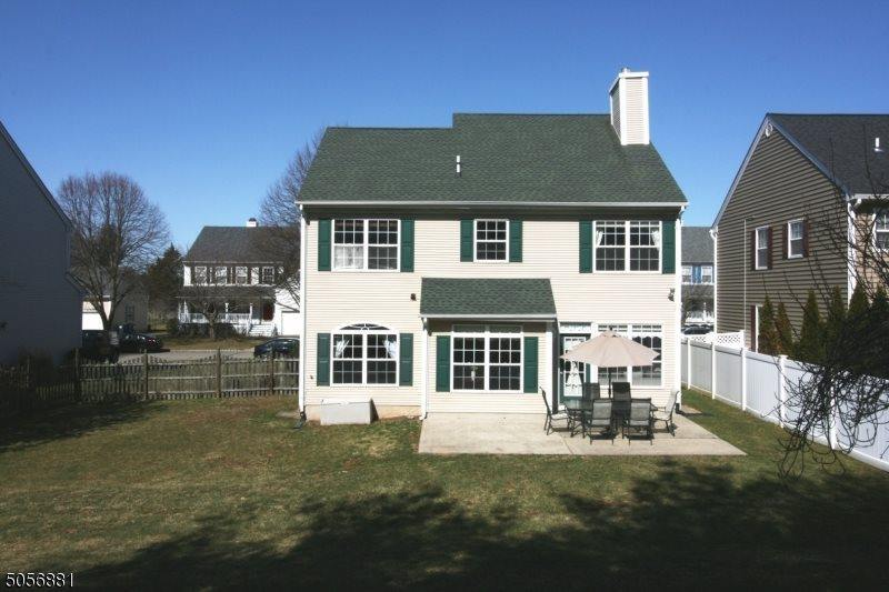17 MacIntosh Rd, Branchburg Township, NJ 08876