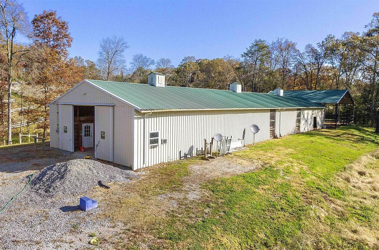 6825 Pine Grove Rd, Knoxville, TN 37914