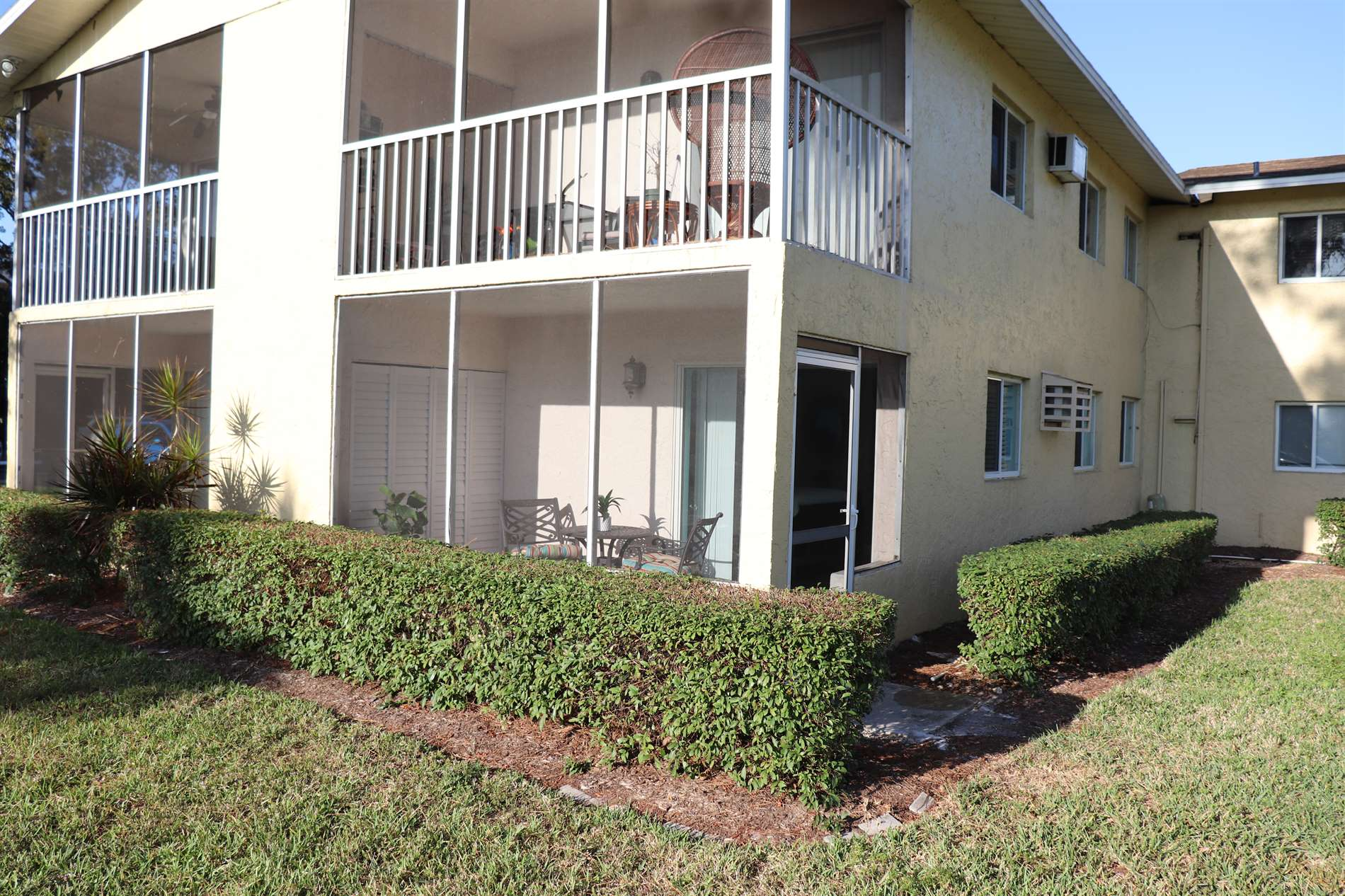 8162 Country Road, #105, Fort Myers, FL 33919