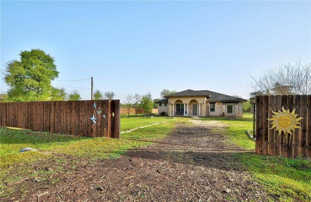 248 Monterrey Hills Dr, Del Valle, TX 78617
