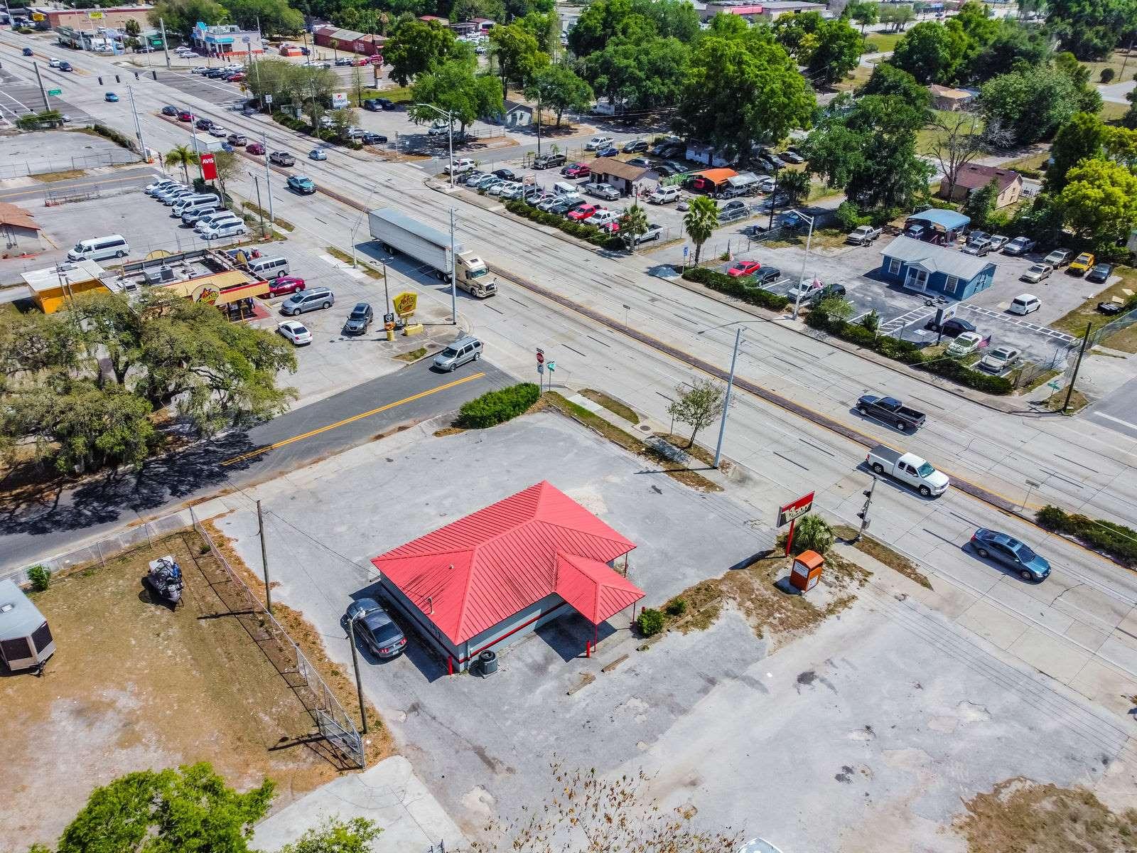 305 East Memorial Boulevard, Lakeland, FL 33801