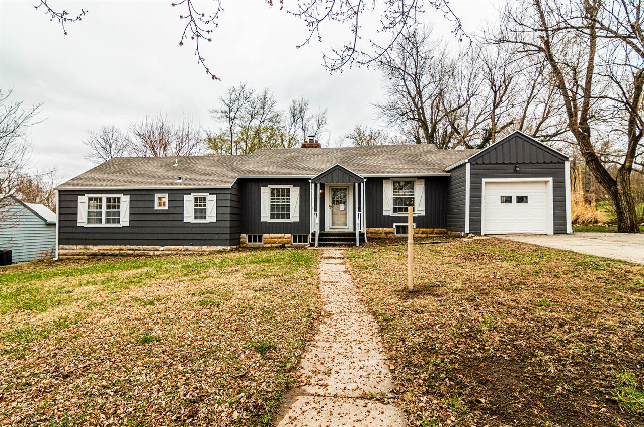 721 W Chestnut, Junction City, KS 66441