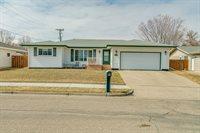 1728 N 20th Street, Bismarck, ND 58501