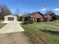3 Brown Acres Rd, Nash, TX 75569