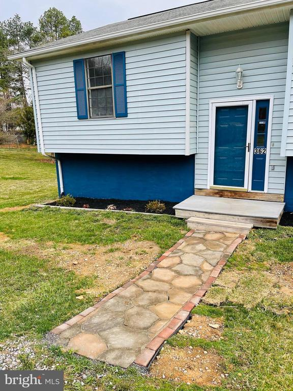 362 Duck Street West, Front Royal, VA 22630