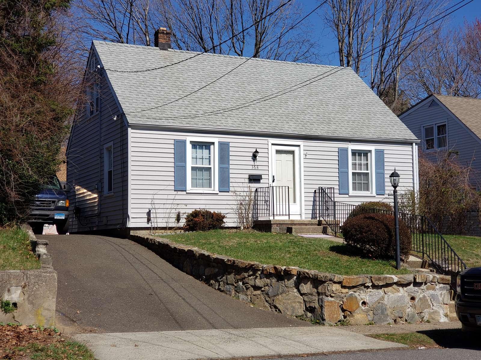 368 Queen St, Bridgeport, CT 06606