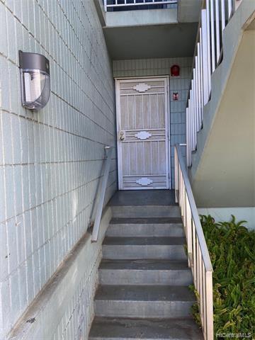 98-1040 Moanalua Road, #1-103, Aiea, HI 96701
