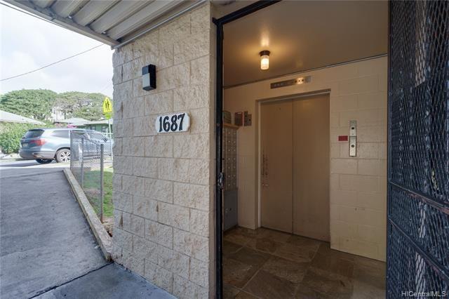 1687 Pensacola Street, #406, Honolulu, HI 96822