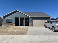 1541 Hickory Drive, Montrose, CO 81401