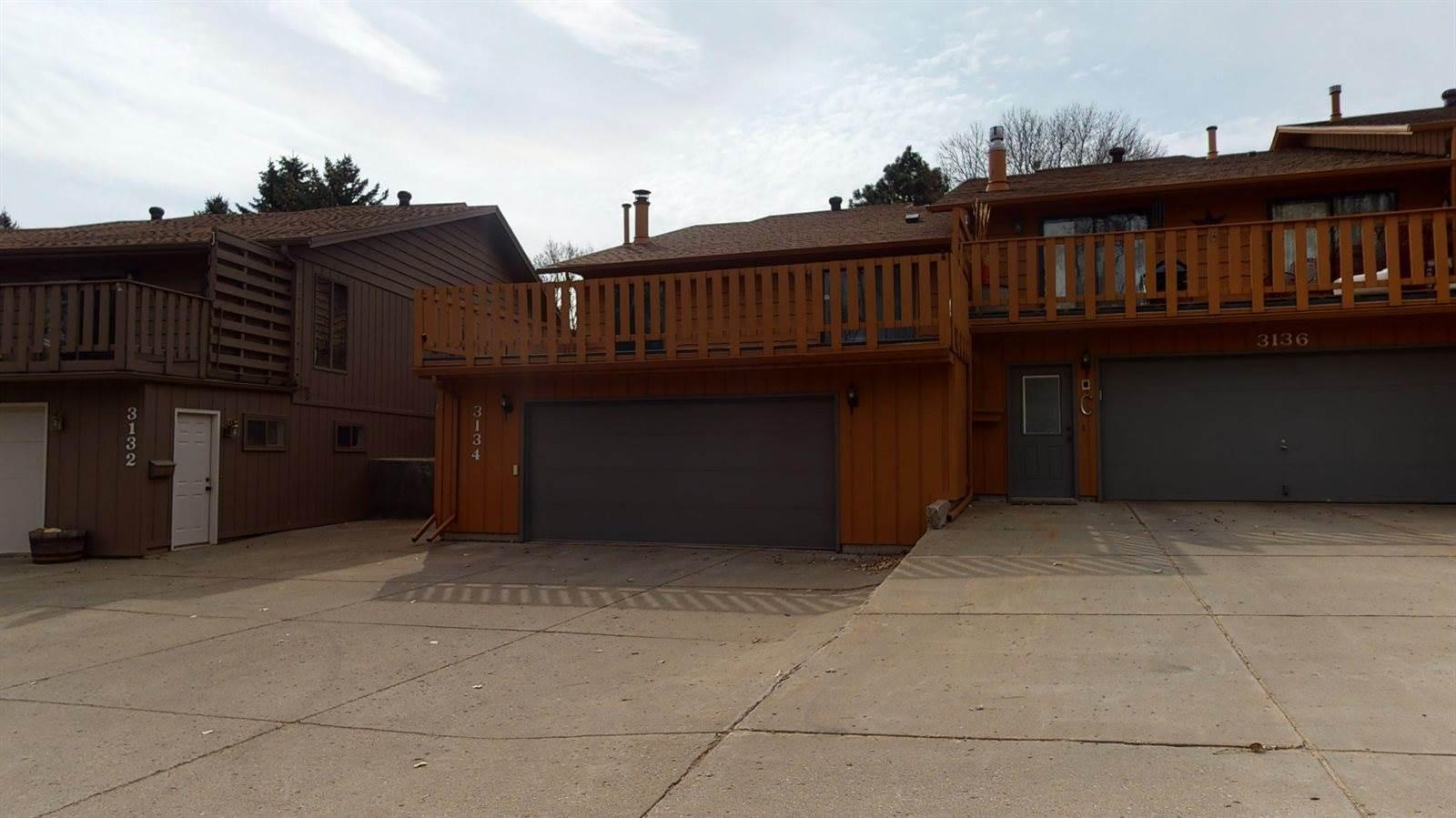 3134 Manitoba Lane, Bismarck, ND 58503