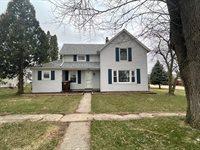 102 South Ridge Street, Shannon, IL 61078