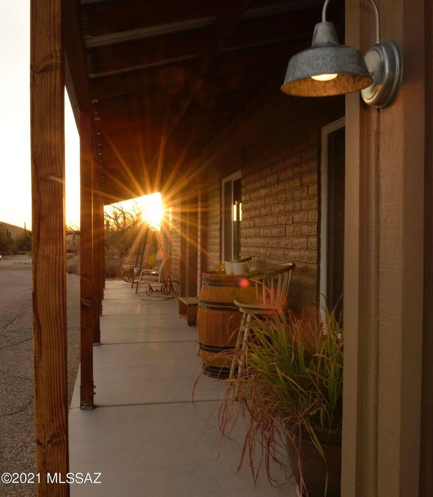 9325 E Vallarta Drive, Tucson, AZ 85749