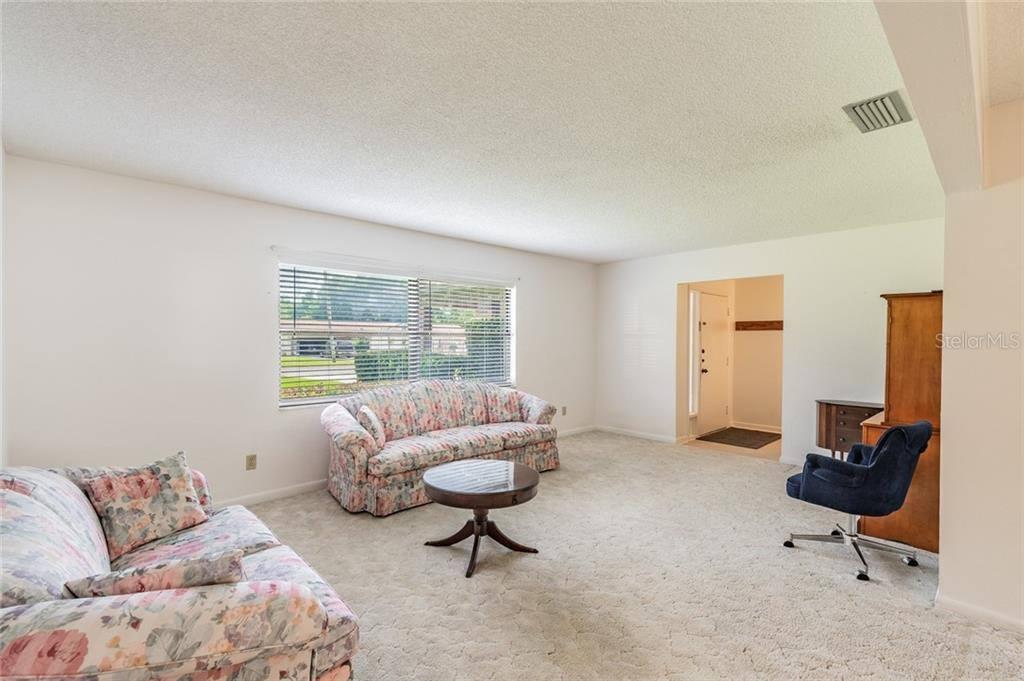 522 Coleman Drive West, Winter Haven, FL 33884