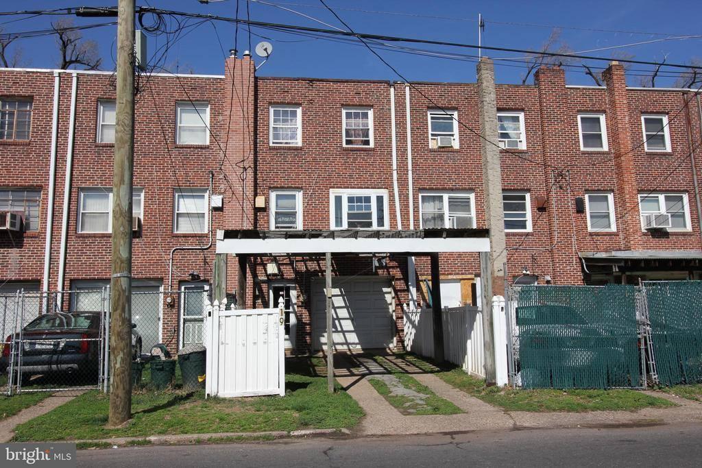 19 Bruce Park Drive, Trenton, NJ 08618