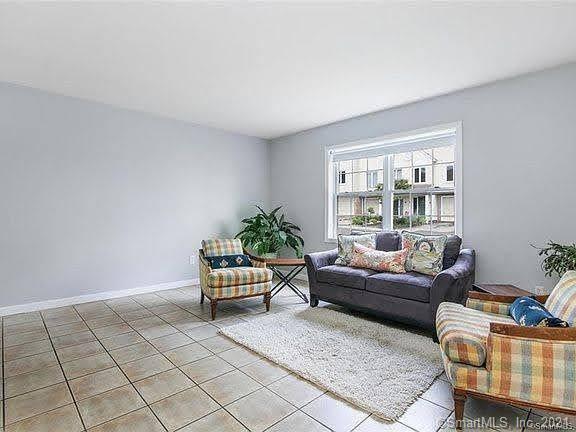 3404 Madison Avenue, #4, Bridgeport, CT 06606