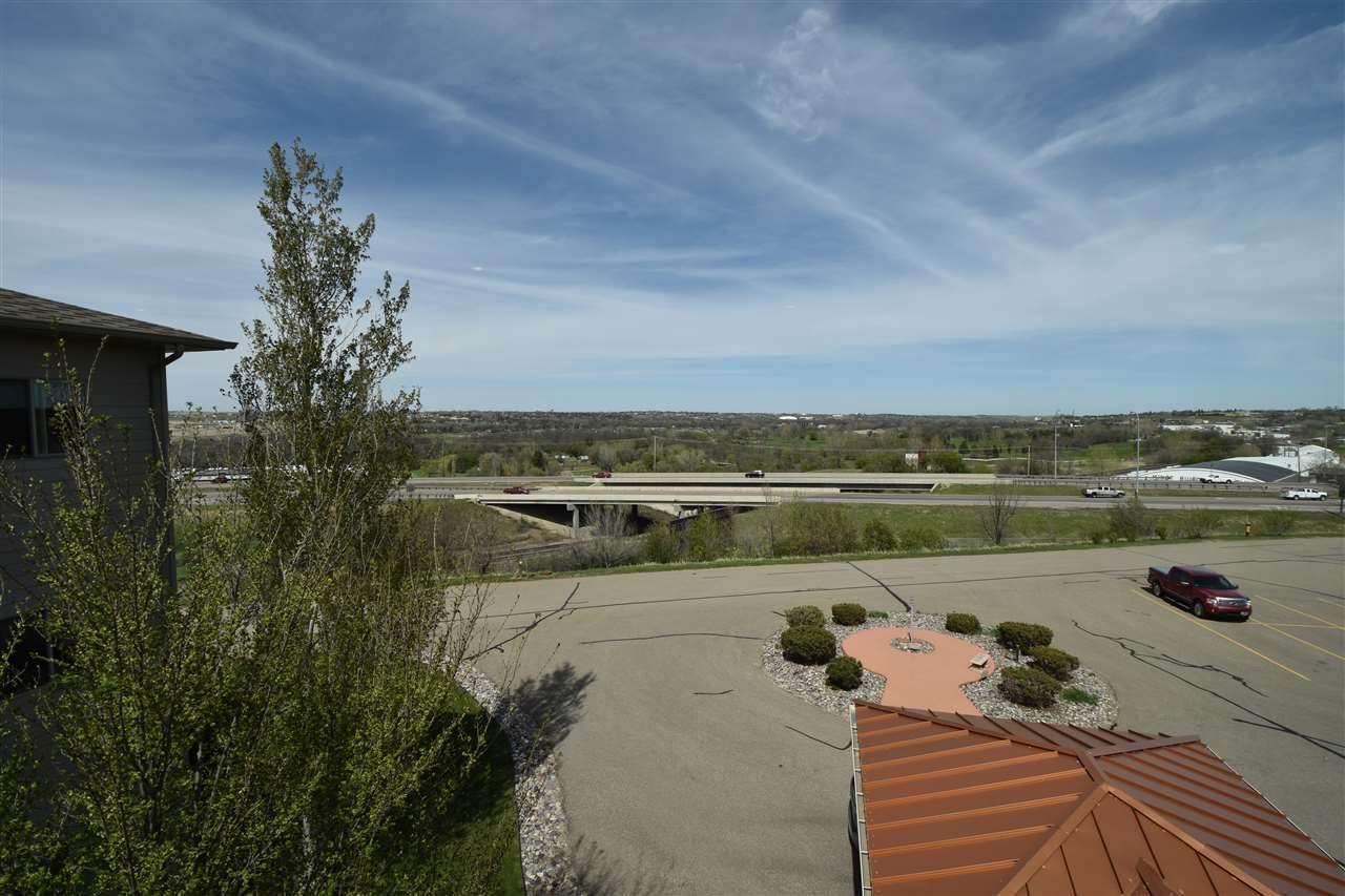 2905 Elk Drive, Minot, ND 58701