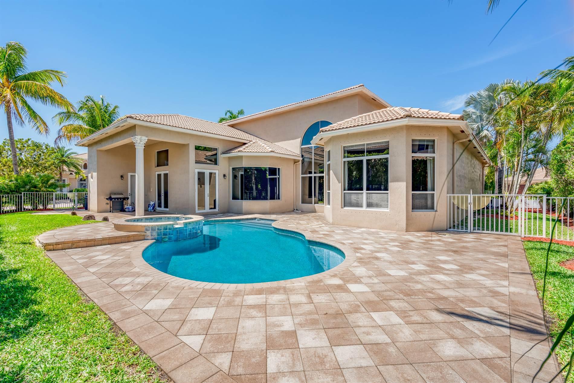 6748 Cobia Circle, Boynton Beach, FL 33437