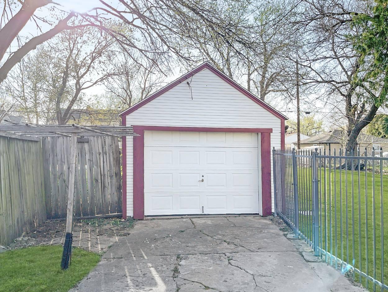 655 N Erie St, Wichita, KS 67214