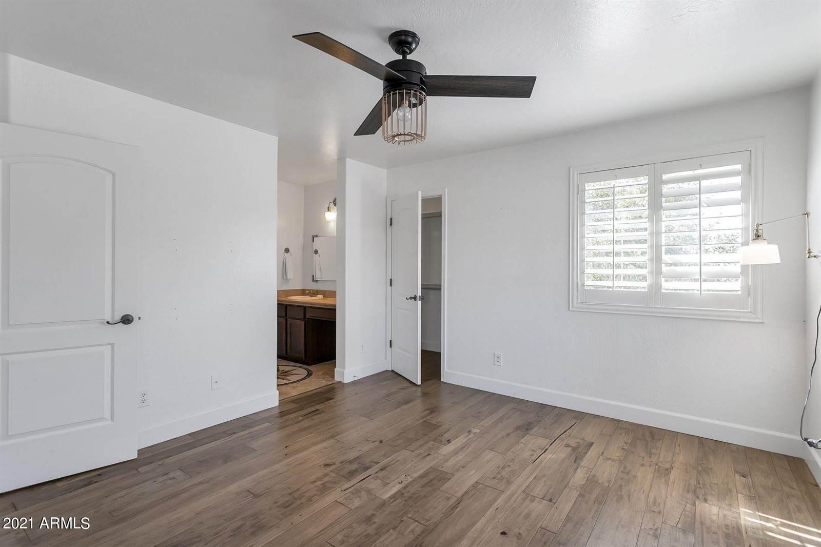 8943 East Palm Lane, Mesa, AZ 85207
