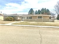 506 2nd Ave East, Culbertson, MT 59218