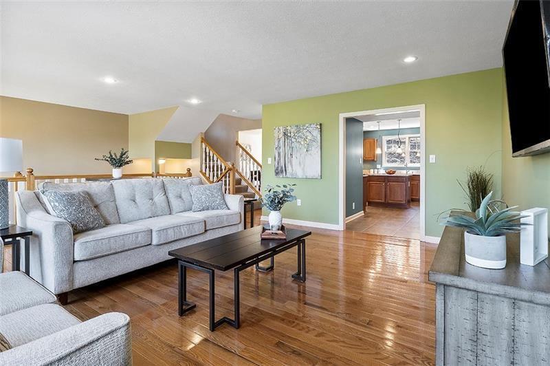 537 Sweetbriar St, Mt Washington, PA 15211