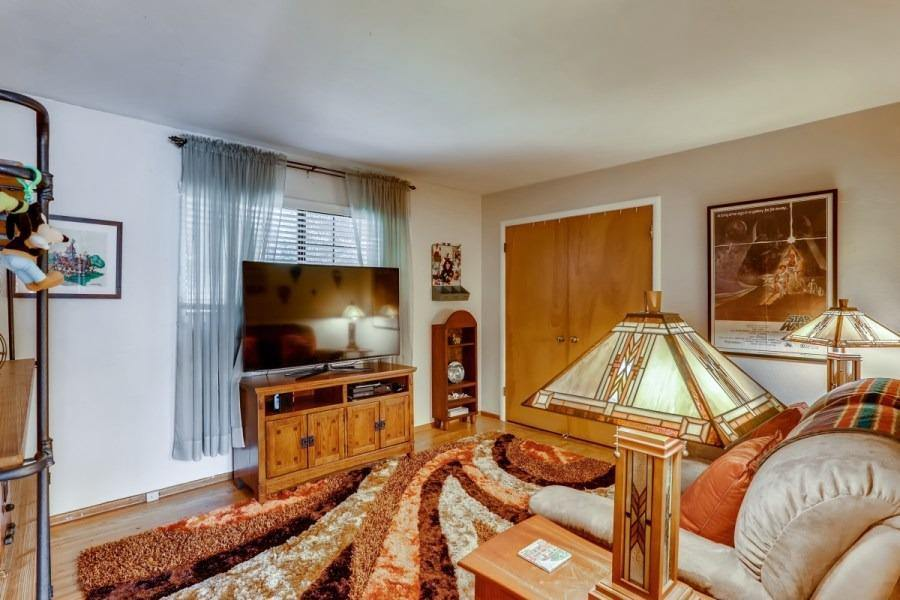 5036 Kinross Road, Carmichael, CA 95608