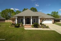 15439 Overlook Dr, Gulfport, MS 39503