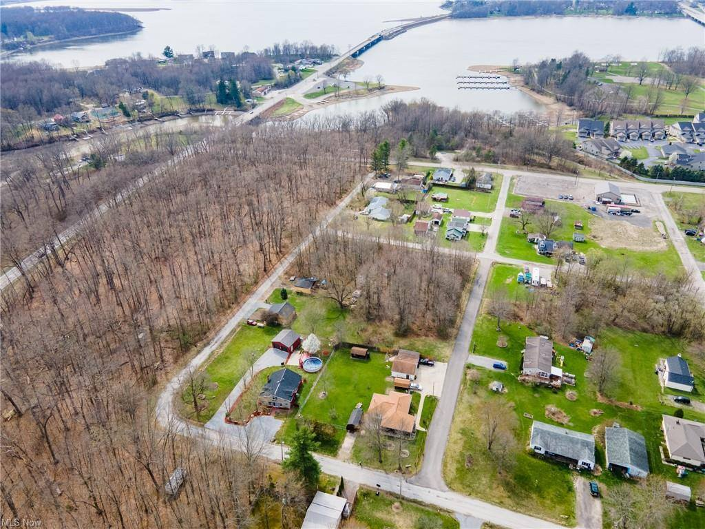 274 2nd Street, Lake Milton, OH 44429