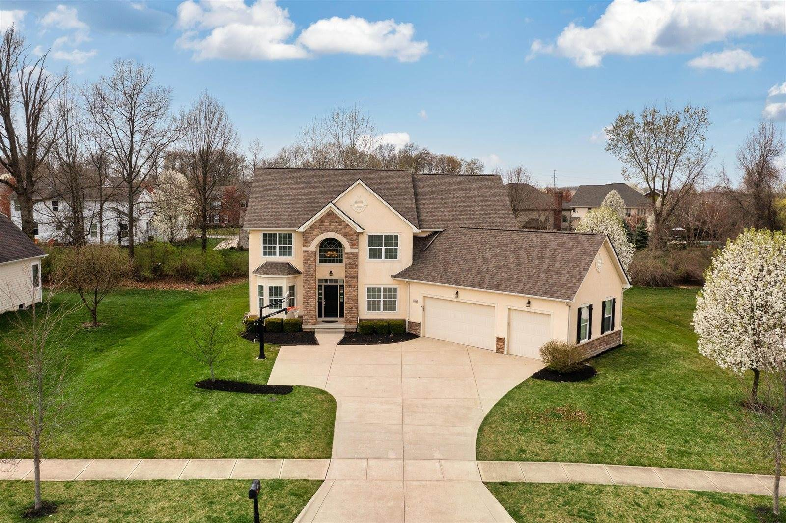 8486 Rutherford Estates Drive, Powell, OH 43065