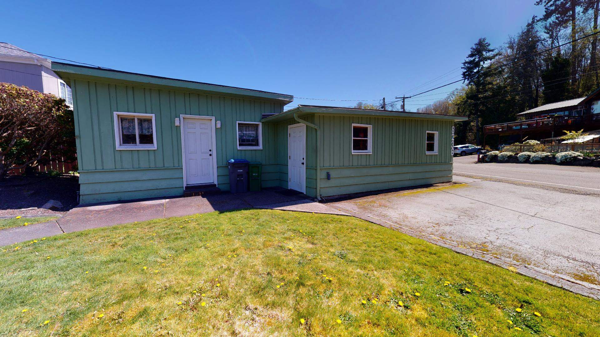 8236 NE Point No Point Road, Hansville, WA 98340