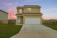 2970 Finley Street, Lincoln, ND 58504