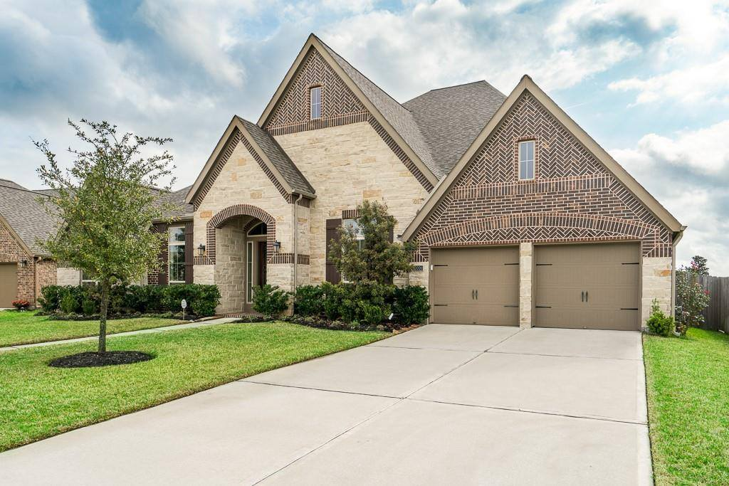 10006 Durango Path Lane, Cypress, TX 77433