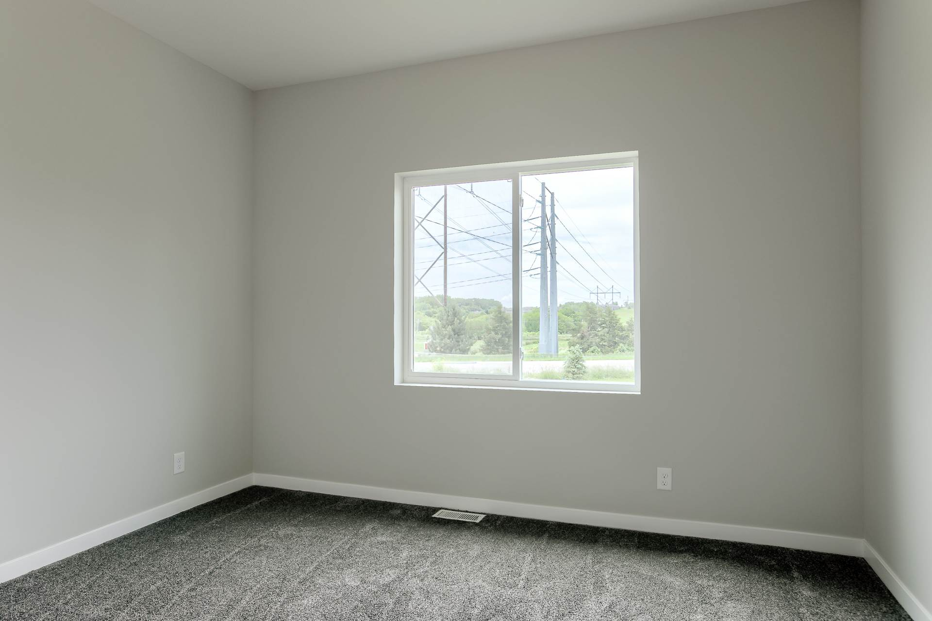 18609 Patrick Avenue, Elkhorn, NE 68022