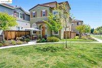 814 Queen Palm Ln, Brentwood, CA 94513