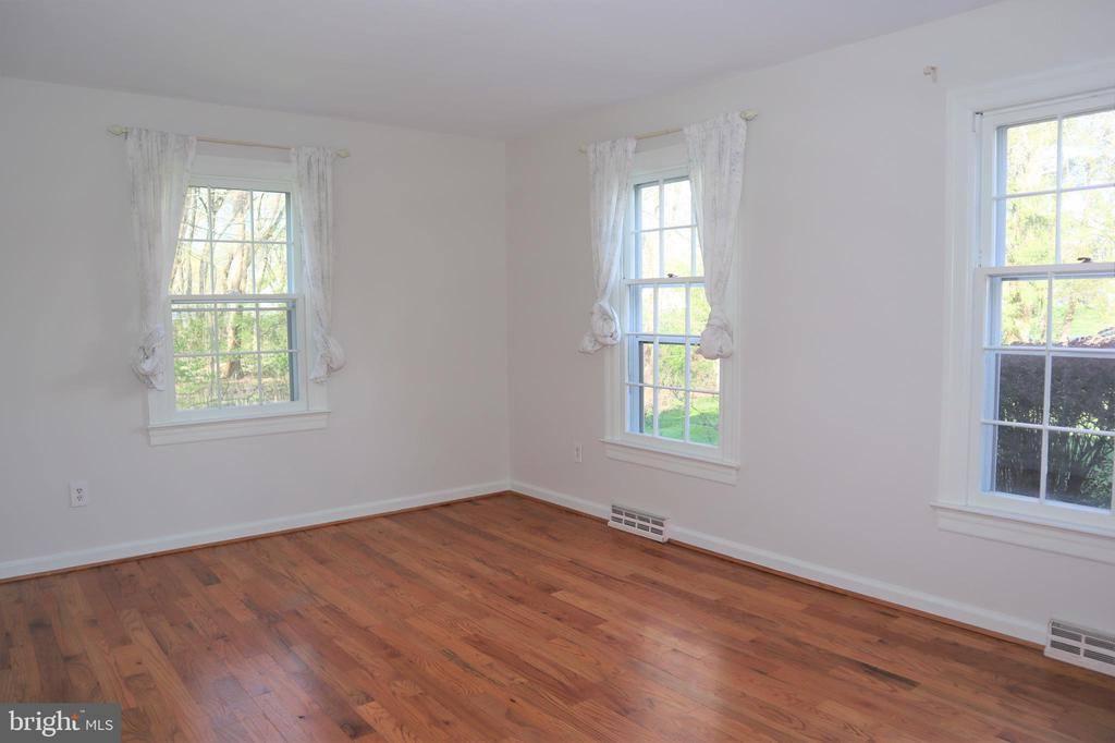 105 Corrine Drive, Pennington, NJ 08534