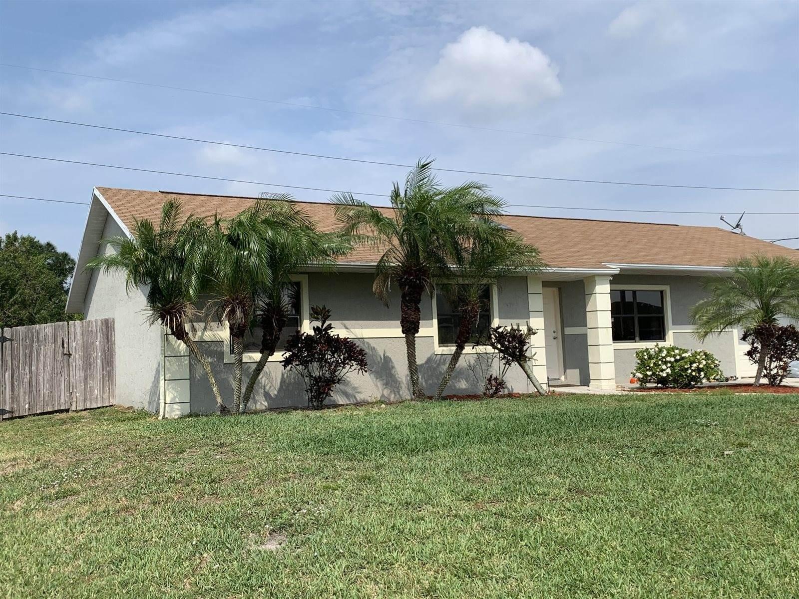 3259 SE Quay Street, Port Saint Lucie, FL 34984
