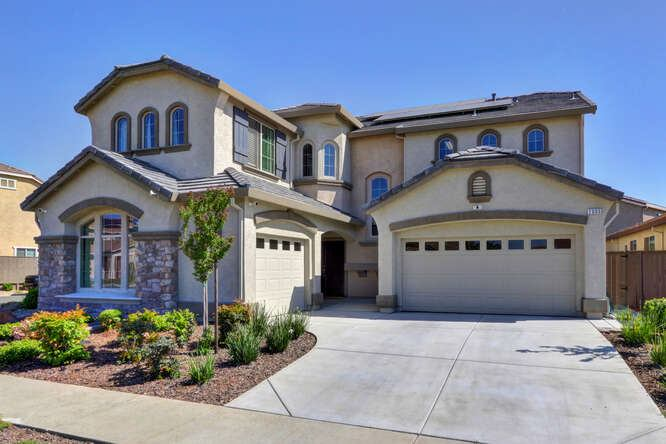 2005 Newark Way, Lincoln, CA 95648