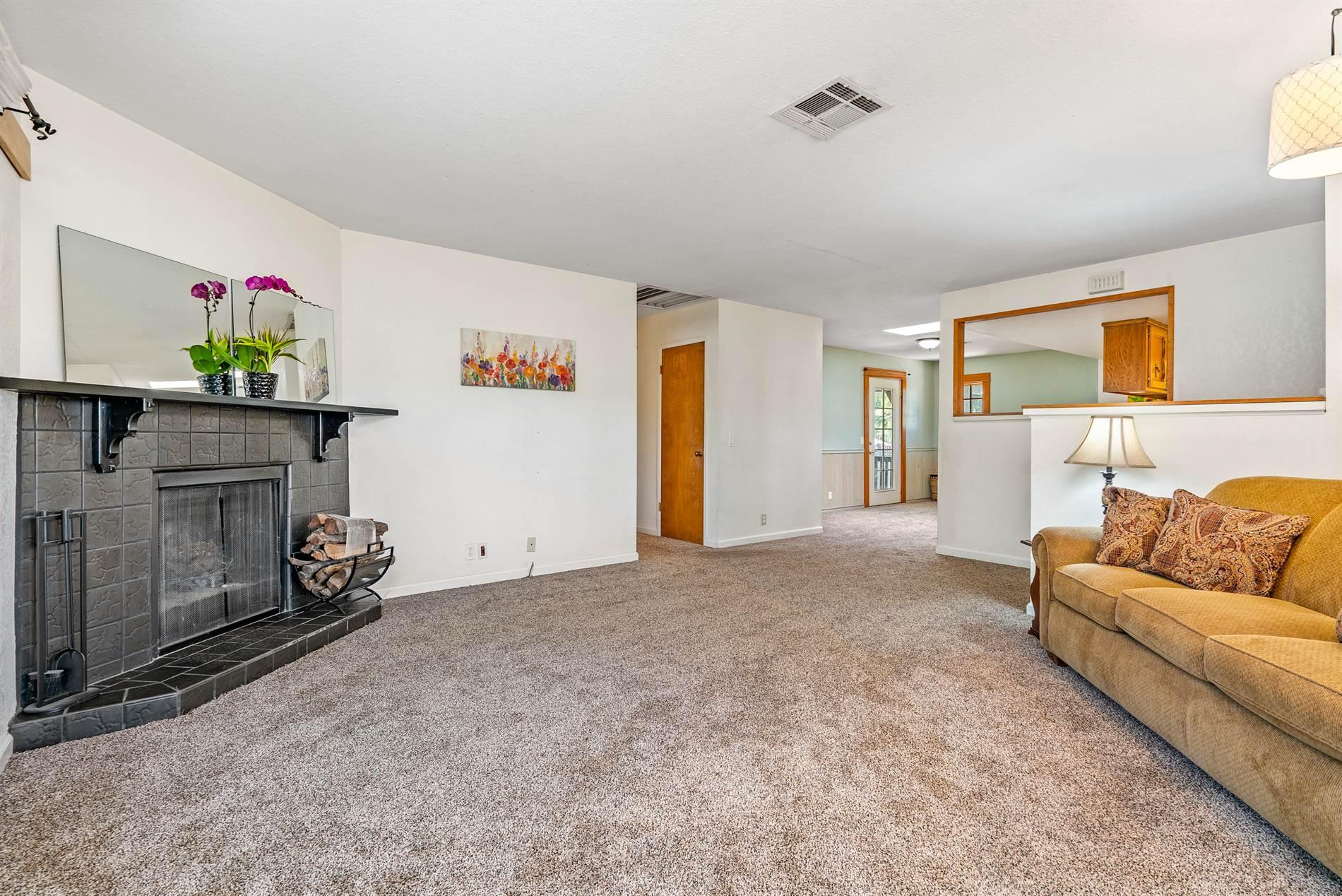 7287 Santa Ysabel Avenue, Atascadero, CA 93422