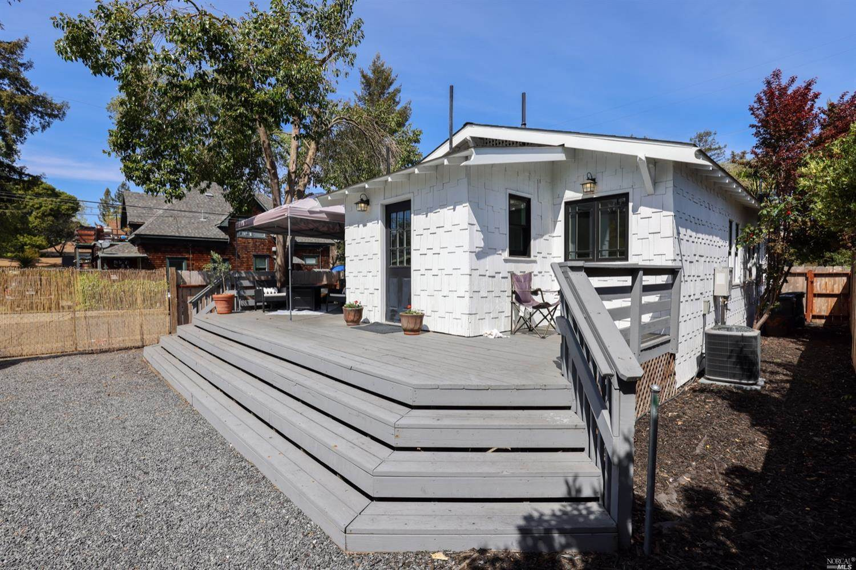 301 Orange Street, Santa Rosa, CA 95401