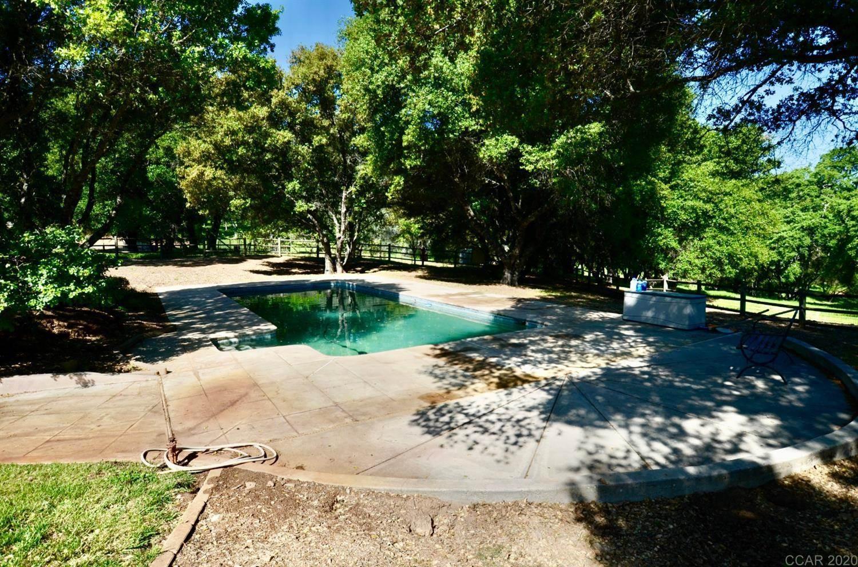 7512 Pool Station Rd, Angels Camp, CA 95222