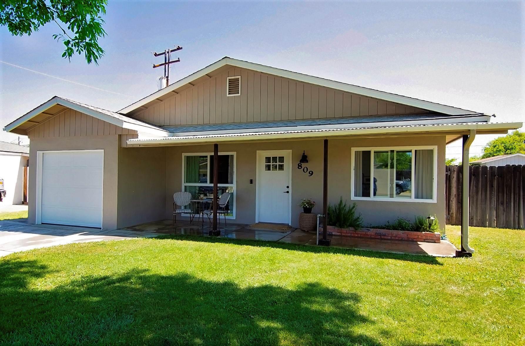 809 Lincoln Street, Winters, CA 95694