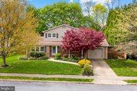 402 West Elmwood Avenue, Mechanicsburg, PA 17055