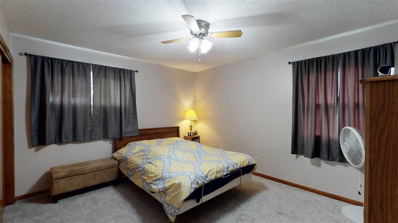 107 Circle Drive, Williamsburg, IA 52361