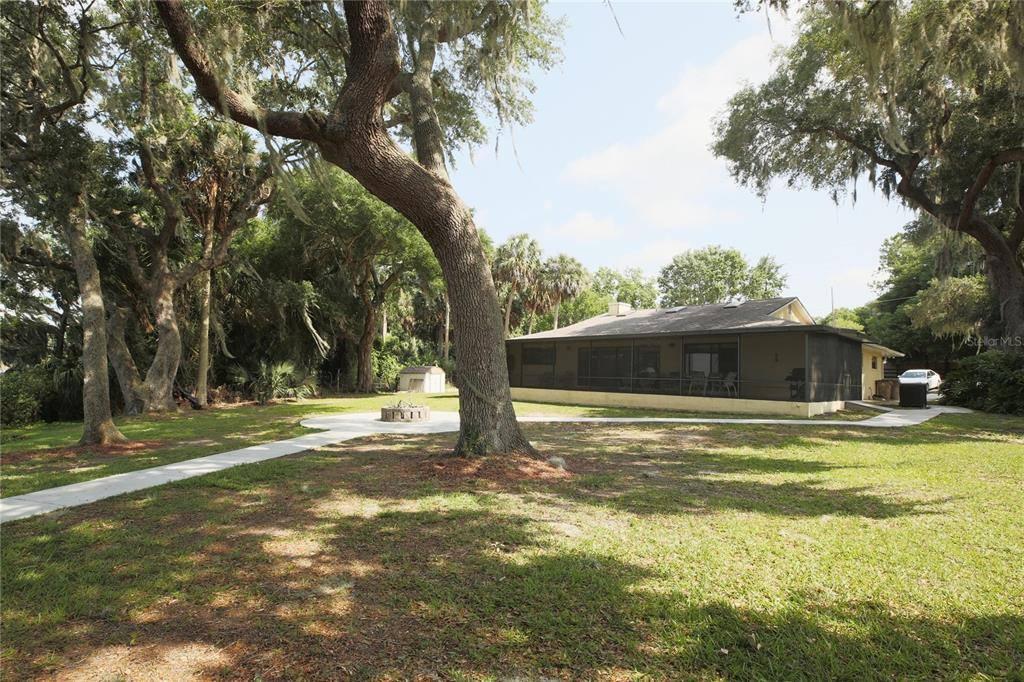 34145 Picciola Road, Fruitland Park, FL 34731