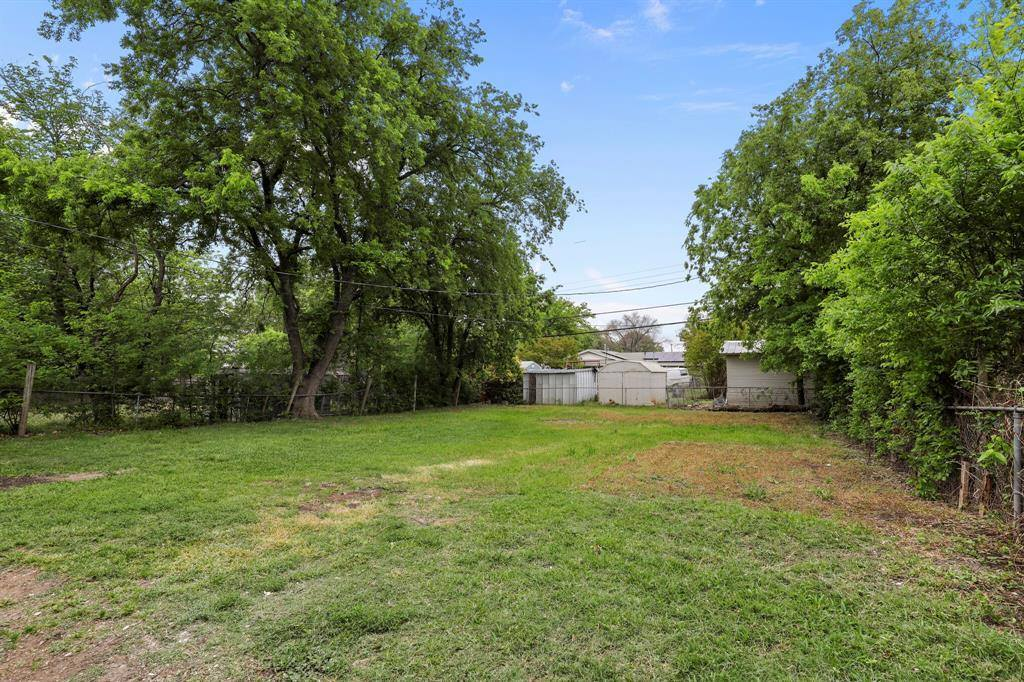1628 Fagan Drive, Blue Mound, TX 76131