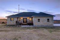 6 West Prairie View Circle, Sylvan Grove, KS 67481