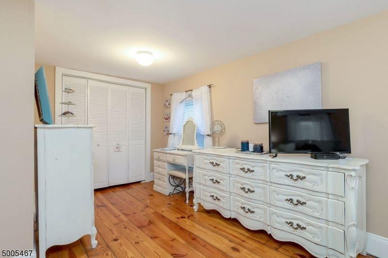 282 Morris St, Long Hill Township, NJ 07980